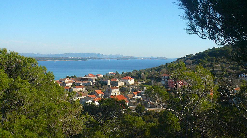 Isole di Croazia. Tra tutte le isole dell'arcipelago croato è Pašman che ha la più grande superficie verde considerando la sua superficie totale.