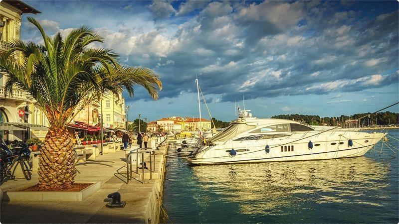 In tutta Istria ci sono confortevoli alberghi, appartamenti privati, agriturismi che mettono a disposizione una sistemazione ad alto livello