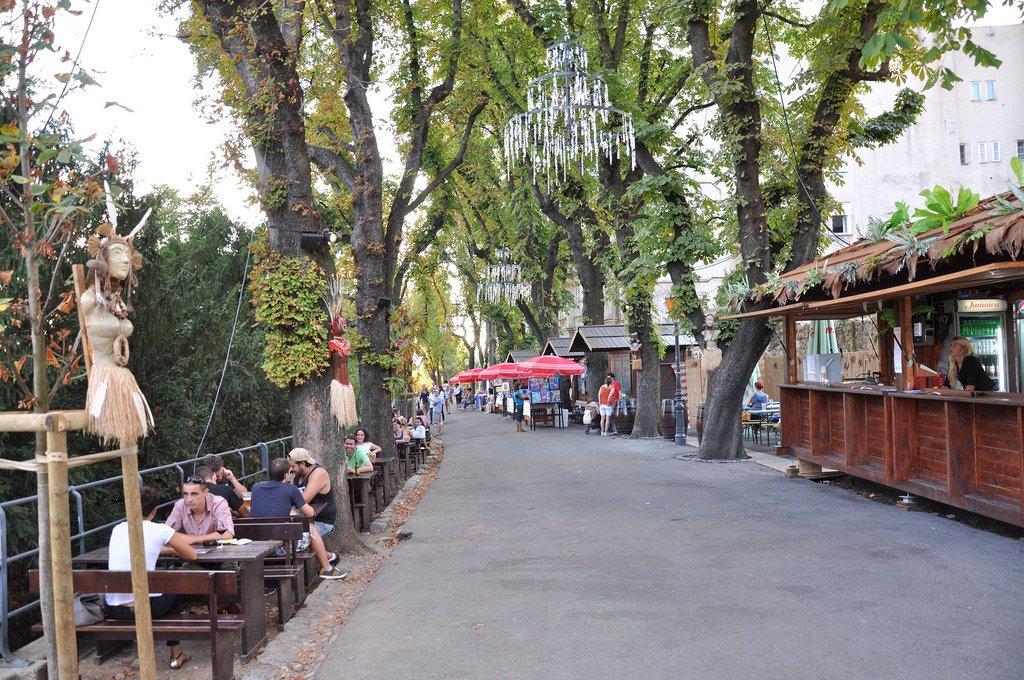Strossmayer Promenade. corso Strossmayer, costruito nel XIX secolo quando furono rimosse le mura della città.