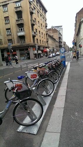 Nextbike Bikeshare Station. Ci sono stazioni di noleggio biciclette pubbliche automatizzate a Zagabria.