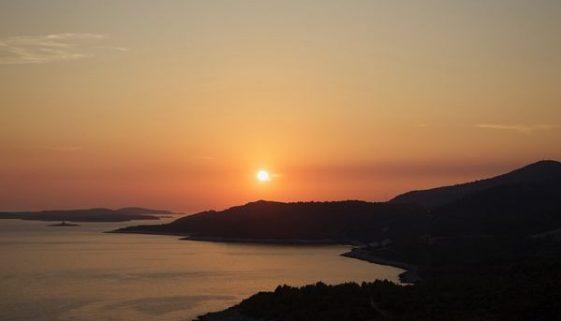 La soleggiata Hvar è l'isola più visitata della Croazia - https://www.croazia.info/isola-di-hvar/